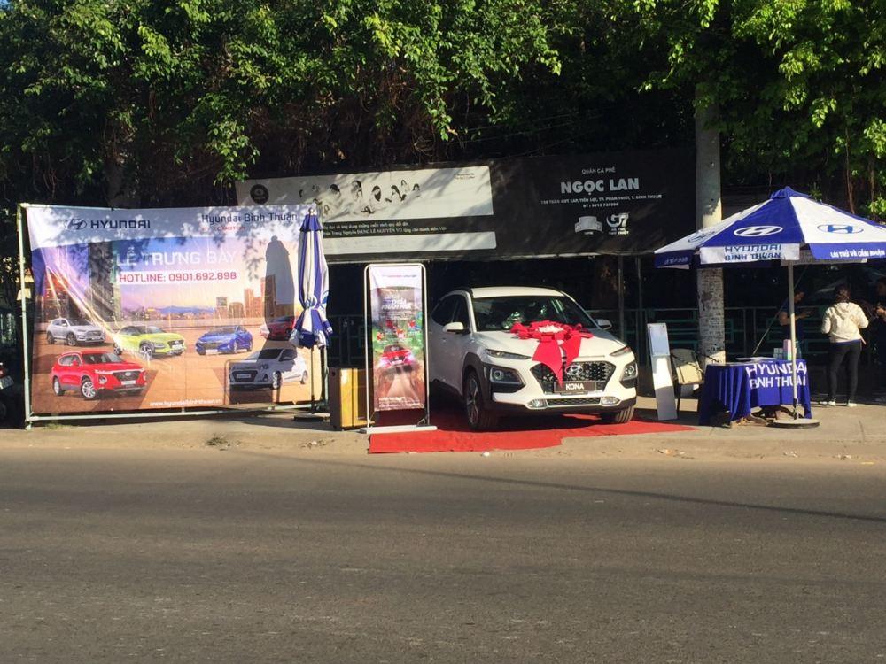 Trưng bày và giới thiệu Hyundai Kona tại Cafe Ngọc Lan